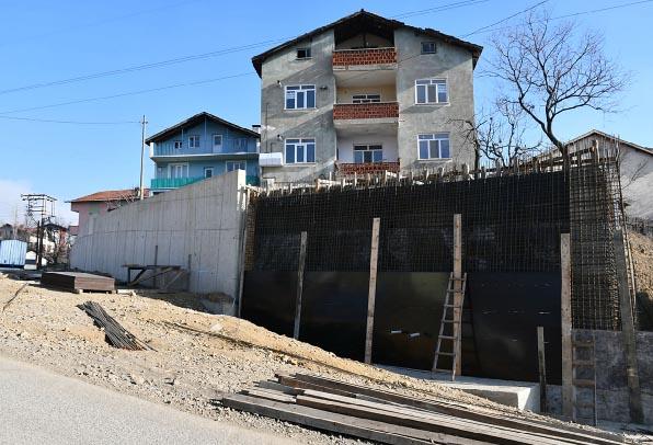 10 Yılda 4 kilometre istinat duvarı yapıldı