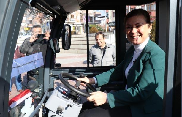 Safranbolu Belediyesi yeni hizmet araçları aldı