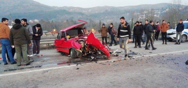 Yenice'deki kazada iki kişi hayatını kaybetti