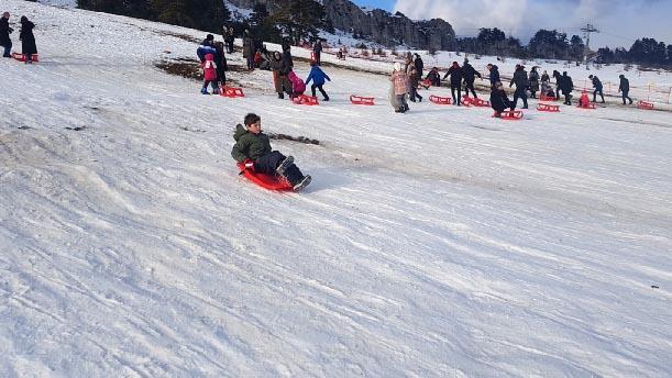 Keltepe Kayak Merkezi'ne yoğun ilgi