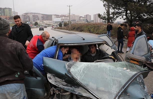 Karabük'te Feci Kaza 1 Ölü 4 Yaralı