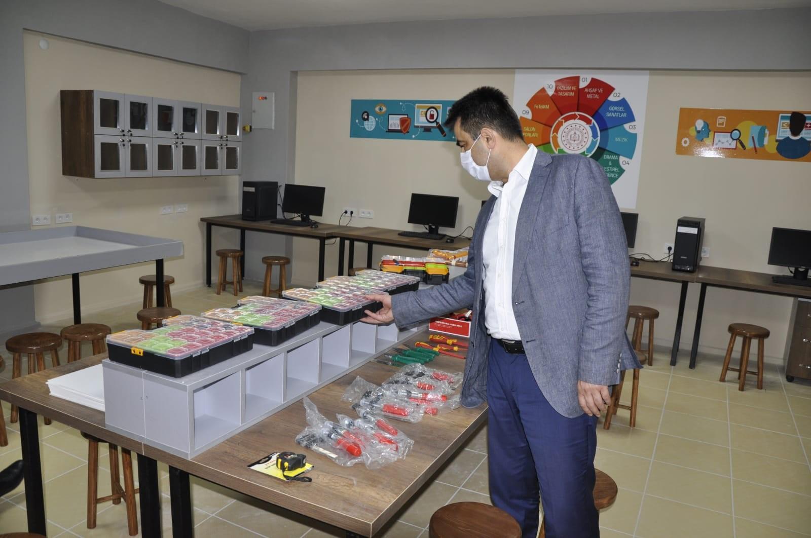 """Safranbolu'da okullar """"Tasarım Beceri Atölyeleri"""" ile zenginleşecek"""