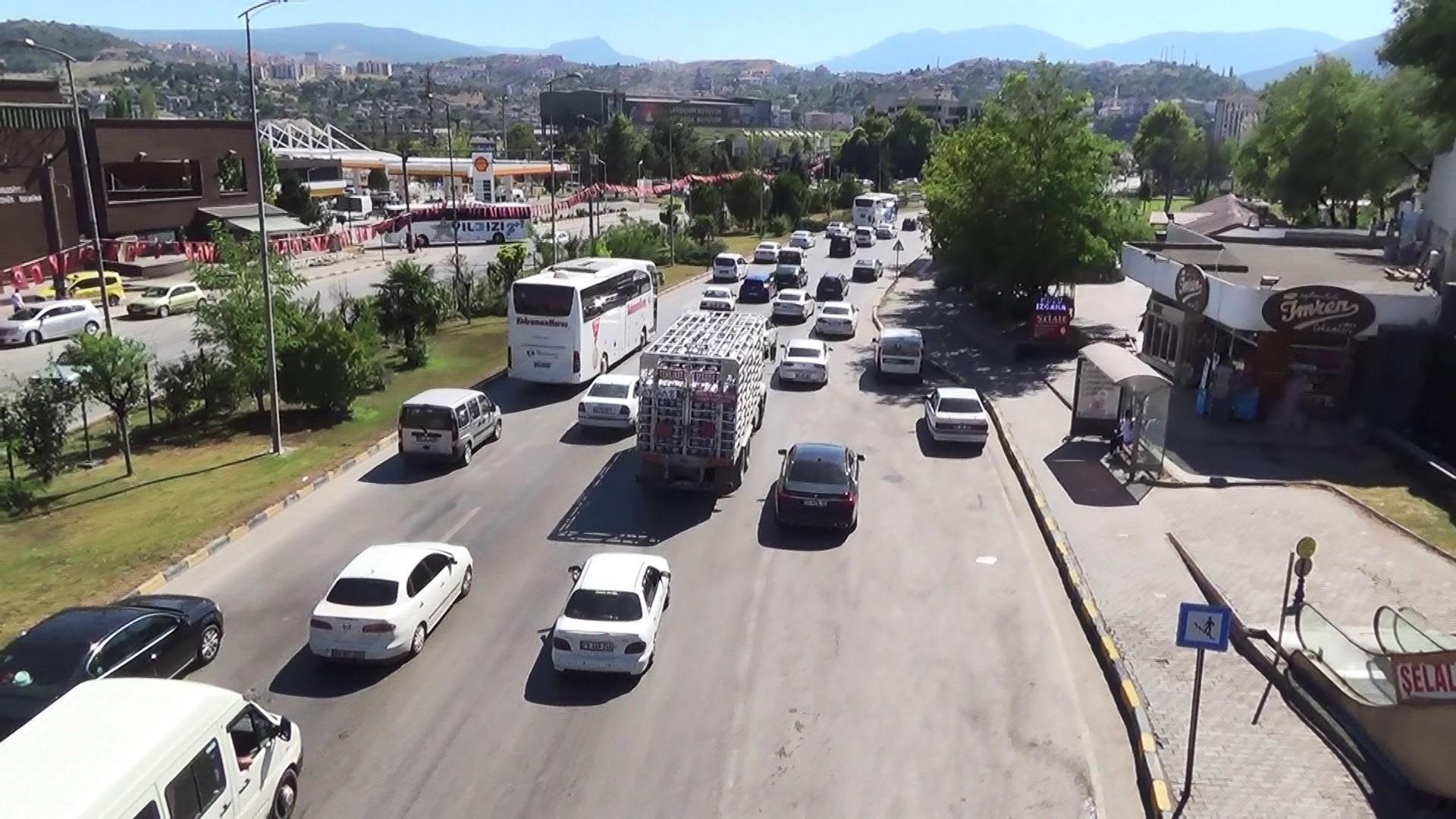 Karabük'te bayram dönüşü yoğunluğu