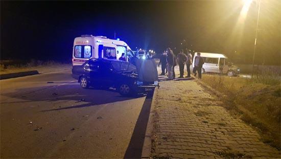 Eflani'de Tarfik Kazası: 2 yaralı