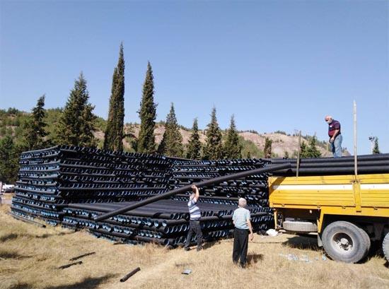İçme suyu ile kanalizasyon borularının dağıtımına başlandı