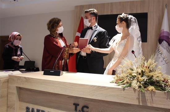 Yeni Nikah Salonu Hizmete Açıldı