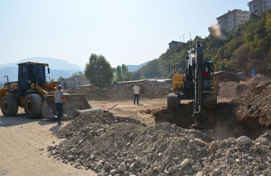 Yenice'de kanalizasyon hattı çalışmaları başladı