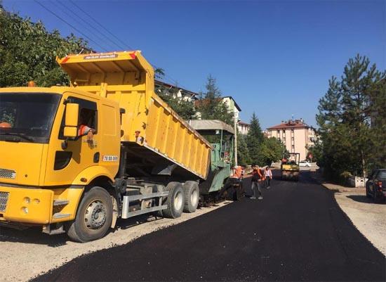 Safranbolu'da yollara 17 Bin 590 ton asfalt serildi
