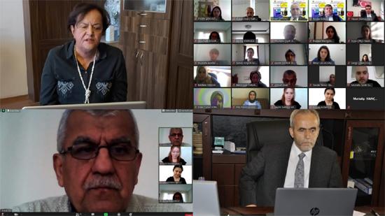 Emekli öğretmenler deneyimlerini paylaştı