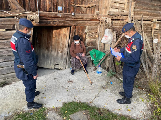 Jandarma, vatandaşa Devletin şefkat elini uzatıyor