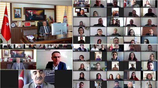 Eflani'deki öğretmenlerle çevrim içi toplantı