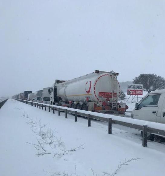 Kar ve buzlanma ulaşımı olumsuz etkiledi